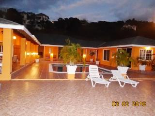 3 bedroom Villa with Internet Access in Whitehouse - Whitehouse vacation rentals