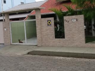Bela casa em Porto Belo,um paraíso na praia - Porto Belo vacation rentals
