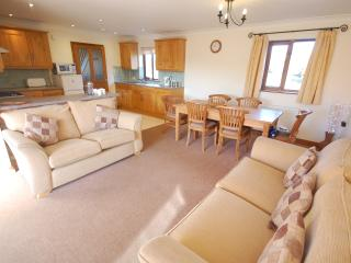 3 bedroom Cottage with Parking in Maltby le Marsh - Maltby le Marsh vacation rentals