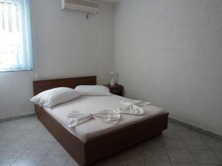 Apartments Edita Pag - Ap1 (A4+1) - Pag vacation rentals