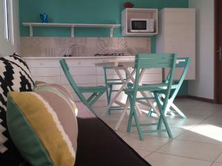 Beautiful 2 bedroom Condo in Calhau - Calhau vacation rentals