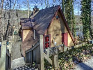 """Wee TeePee"" --Budget--Hot Tub--Peaceful - Sevierville vacation rentals"