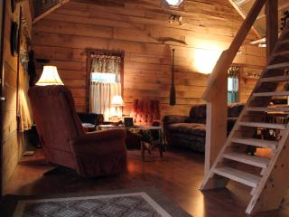 2 bedroom Cottage with Linens Provided in Linton - Linton vacation rentals