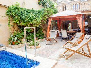 Traditional 5 bedroom house with private pool - Albaida vacation rentals