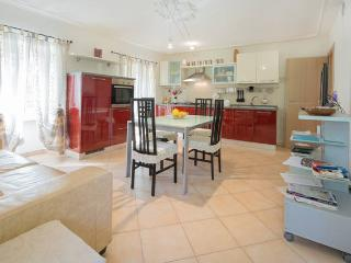 Nice House with Television and Microwave - Monforte d'Alba vacation rentals