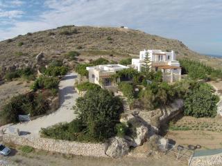 Comfortable 4 bedroom Vacation Rental in Piso Livadi - Piso Livadi vacation rentals