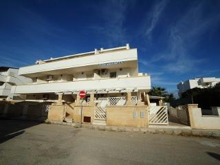 Monolocale 2 posti a 1° piano Afrodite - Torre Mozza vacation rentals