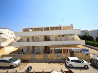 Bilo 3 posti 2° piano Afrodite RESIDENCE RIVA MARE - Torre Mozza vacation rentals