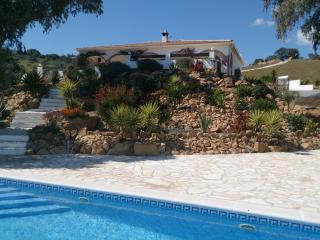 4 bedroom Villa with Internet Access in Alozaina - Alozaina vacation rentals