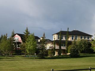 1 bedroom Bed and Breakfast with Internet Access in Calgary - Calgary vacation rentals