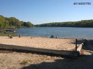 Large 4 Bedroom, lake access, close to beach - Narragansett vacation rentals