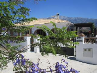 Perfect 3 bedroom Villa in Arenas with Internet Access - Arenas vacation rentals