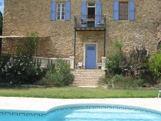 Neffies holiday apartment with pool near Pezenas France sleeps 6 - Neffies vacation rentals