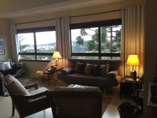 Duplex com vista para a cidade - Gramado vacation rentals