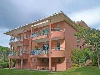 Cozy 2 bedroom Apartment in Valescure - Valescure vacation rentals