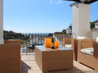 Top Quality 3 Bed Penthouse La Quinta Resort R204 - Nueva Andalucia vacation rentals