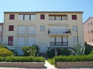 Beautiful 3 bedroom Apartment in Port Cogolin - Port Cogolin vacation rentals