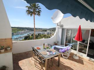 Lovely bungalow with great sea and marina views - Albufeira vacation rentals
