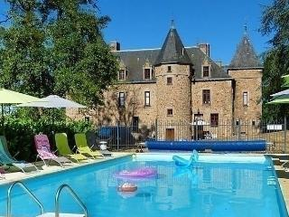 Beautiful House with Internet Access and Dishwasher - Lapalisse vacation rentals
