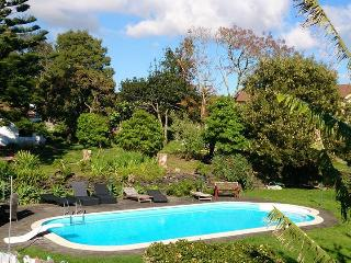 House garden T2, swimingpool, barbeque near P. Del - Ponta Delgada vacation rentals