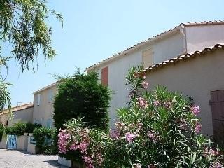 Les Estivales 3 - Saint-Cyprien vacation rentals