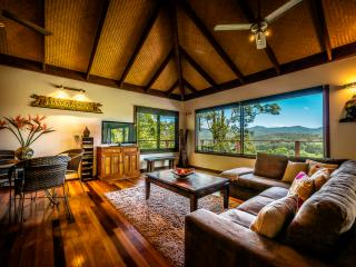 Lombok On Waterfall Retreat - Bellingen vacation rentals