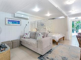 Perfect B&B with Deck and Internet Access - Kuranda vacation rentals