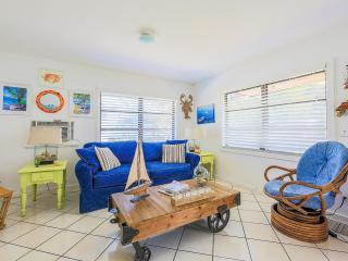 Cozy Guest house with Internet Access and Patio - Key Largo vacation rentals