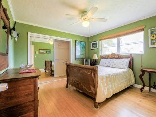 Everglades Room in Bed & Breakfast - Homestead vacation rentals