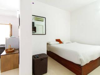 Convenient Condo with Internet Access and A/C - Bangalore vacation rentals