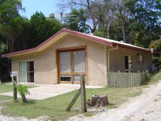 Beachcomber at Bulwer, Moreton Island - Bulwer vacation rentals