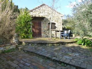 Villetta in campagna a 7 km dal mare - Cecina vacation rentals