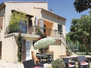 2 bedroom Condo with Short Breaks Allowed in Gemenos - Gemenos vacation rentals