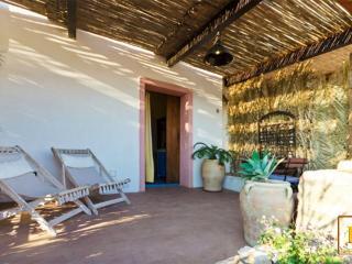 Dammusi Ambra - Bisanzio - Pantelleria vacation rentals