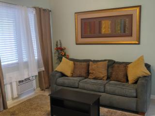 #3Quiet, Near Beaches, downtown, Las Olas, Port - Fort Lauderdale vacation rentals