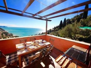 BABY 4BR-garden&terrace&view by KlabHouse - Zoagli vacation rentals