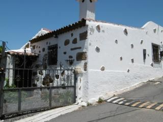 2 bedroom House with Internet Access in El Roque - El Roque vacation rentals
