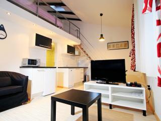 Vespasian 2+0, Downtown apartments Pula - Pula vacation rentals