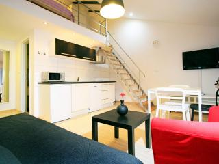 Little Italy 2+0, Urban apartments Pula - Pula vacation rentals