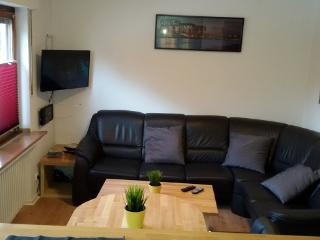 1 bedroom Apartment with Internet Access in Bergisch Gladbach - Bergisch Gladbach vacation rentals