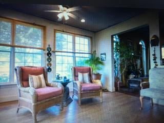 Twin Beds on Main Level w/ ensuite - Kennett Square vacation rentals