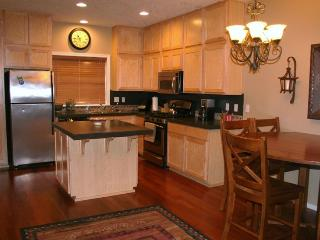 Chalet @ Collins Lake - Resort Close to Ski Slopes - Government Camp vacation rentals