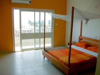 Studio 1 dans Résidence VUE SUR MER - Cotonou vacation rentals