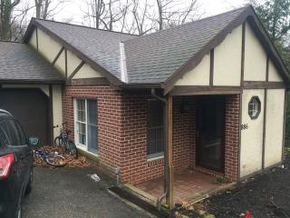 Cottage located 10 minutes from Hersheypark! - Hummelstown vacation rentals
