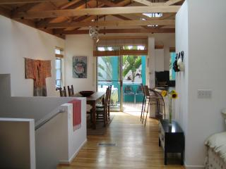 Architectural Gem & Opt. Guesthouse, Bike 2 Beach! - Marina del Rey vacation rentals