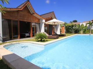 #KH1 Complex of Pretty Tropical Villa 8BR Seminyak - Kerobokan vacation rentals