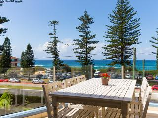 Absolute Beachfront Collaroy - Collaroy Beach vacation rentals
