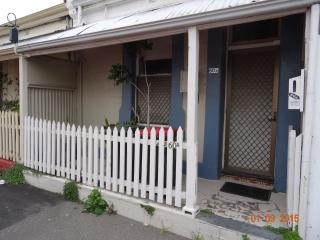 Harriett's Cottage Accommodation - Cottage SixtyA - Adelaide vacation rentals