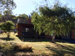 2 bedroom House with Television in Adaminaby - Adaminaby vacation rentals