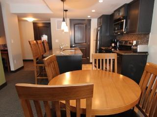 Copperstone Resort 1 Bedroom Condo - Wilderness Getaway Near Canmore - Dead Man's Flats vacation rentals